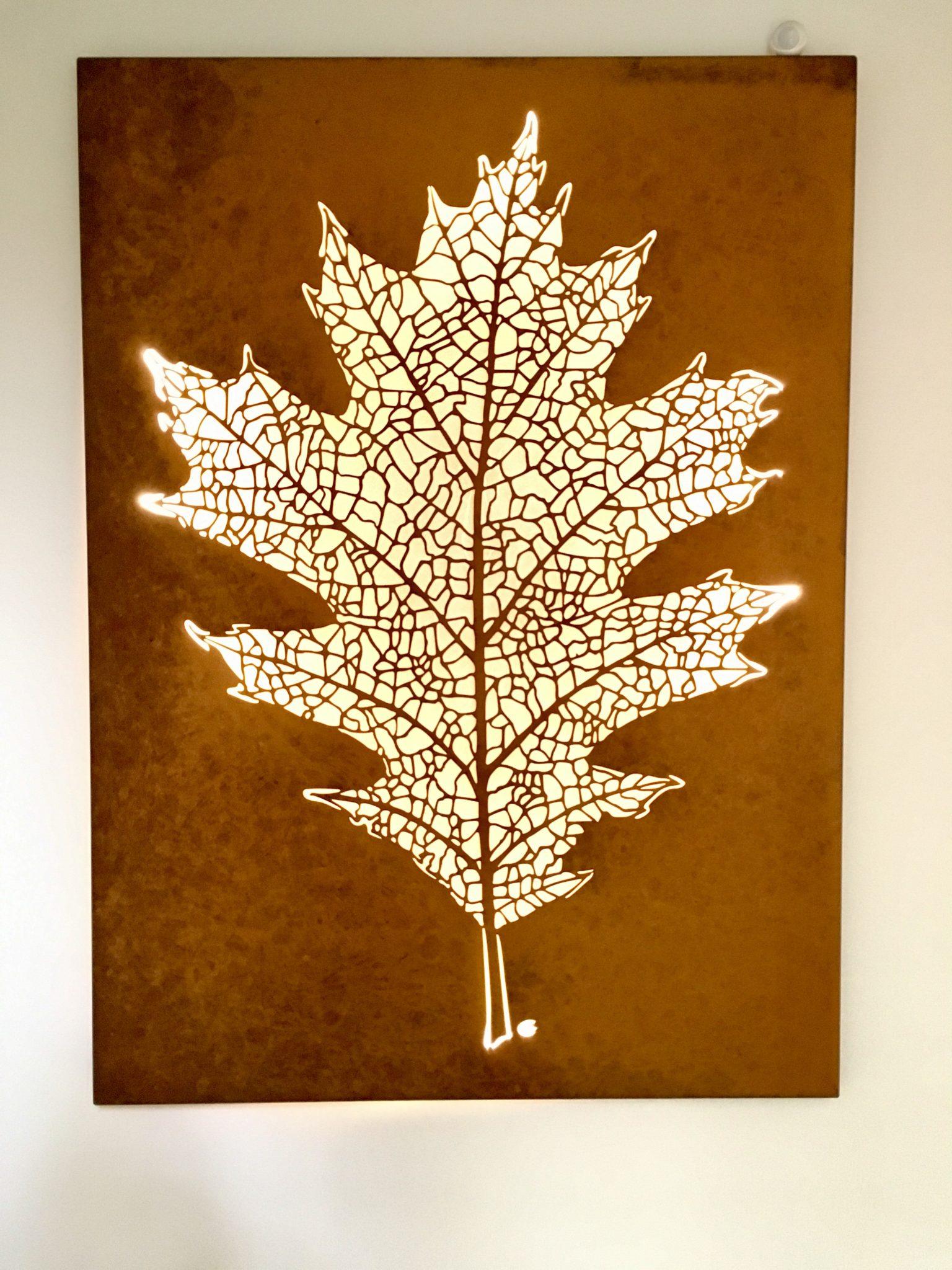 Obraz-metalowy-na-ścianę-liść-dębu_1