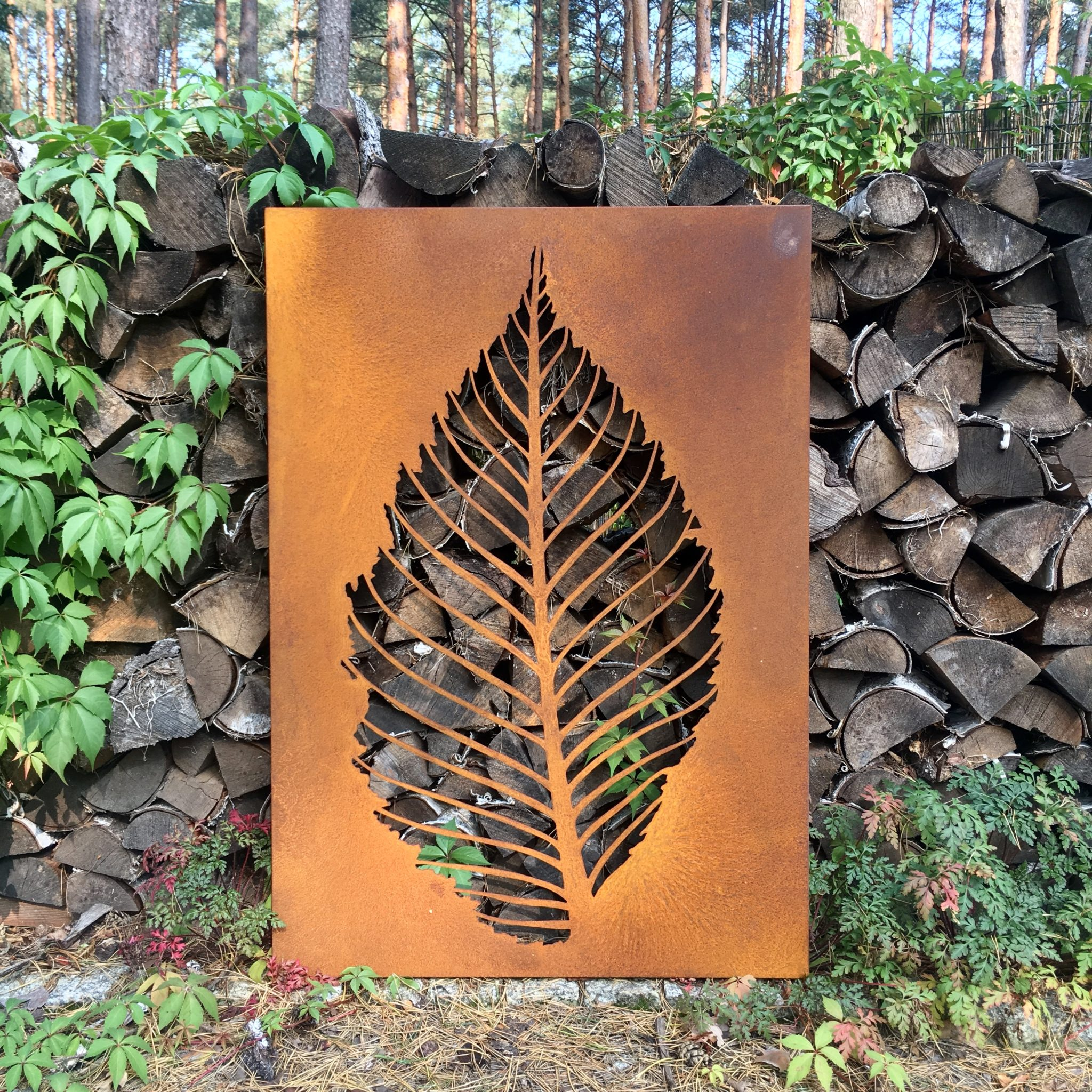 Obraz-metalowy-na-ścianę-liść-grabu_2