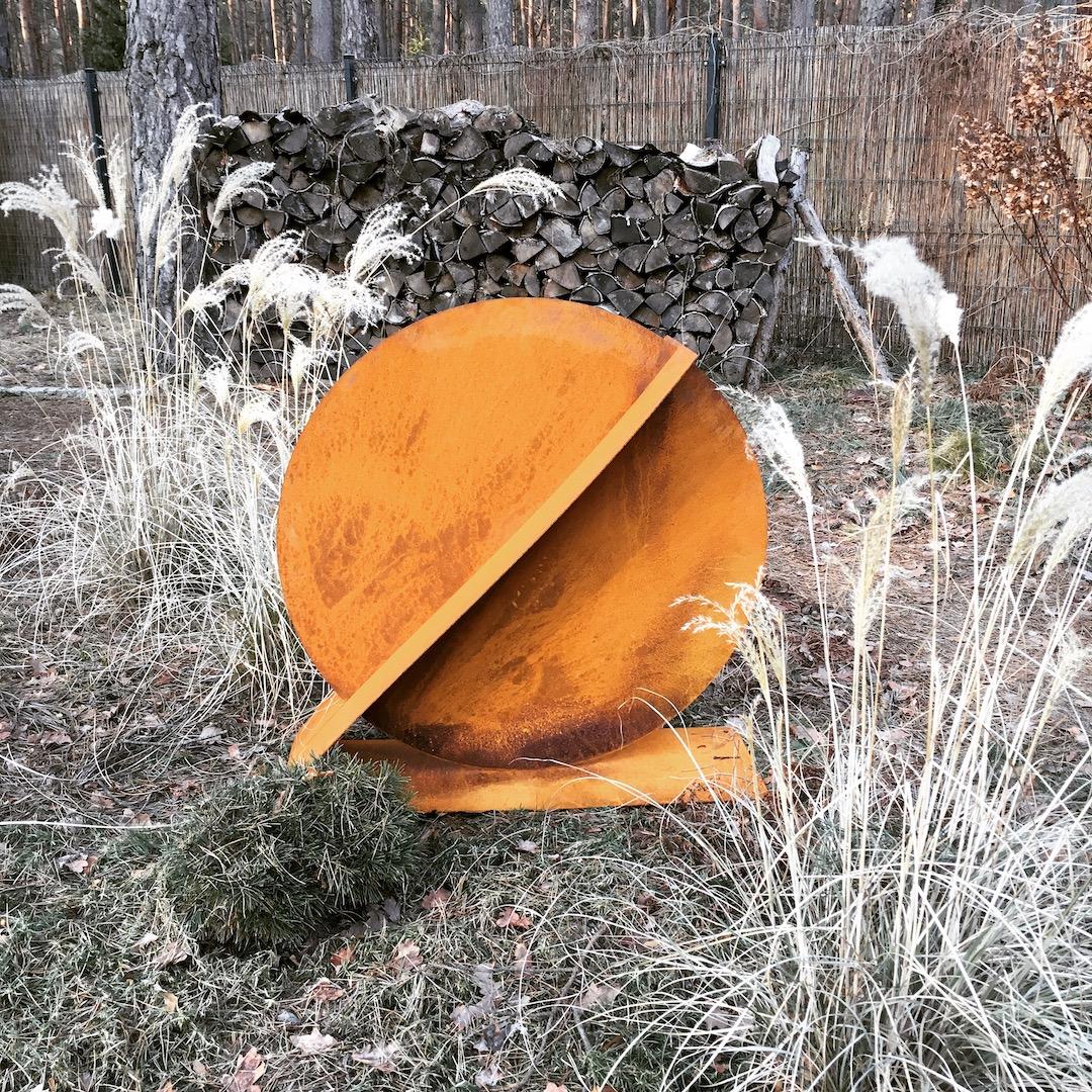 Rzeźba ogrodowa z cortenu