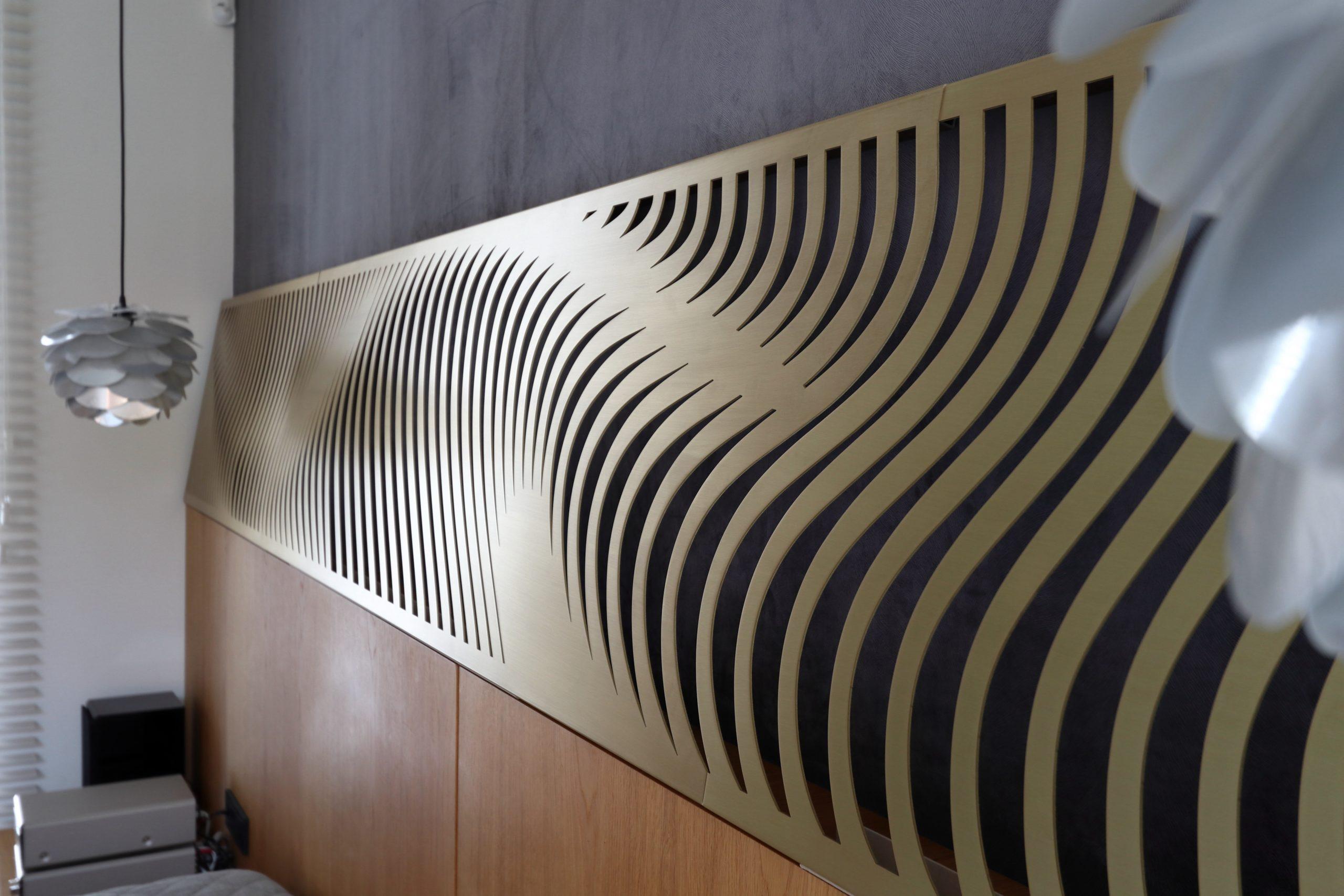 Brass wallart – waves