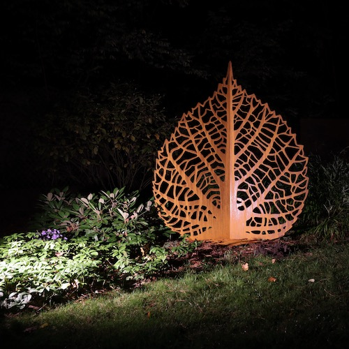 Rzeźba ogrodowa z cortenu – liść lipy