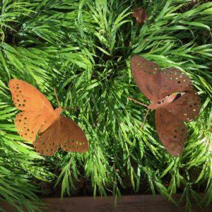 Motyl ozdoby z metalu do ogrodu
